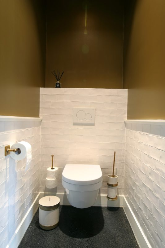 Toiletgarnituren van Dauby